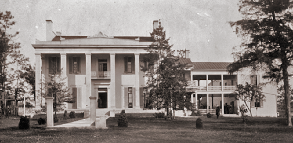 Belle Meade Plantation circa 1860s (note the breezeway on the right side of the home is now enclosed but was open then—as depicted in the novels)